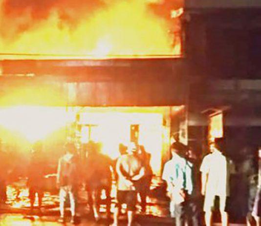 Dua Toko Ludes Terbakar, Damkar Dinilai Tidak Siap
