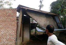Rumah rusak berat