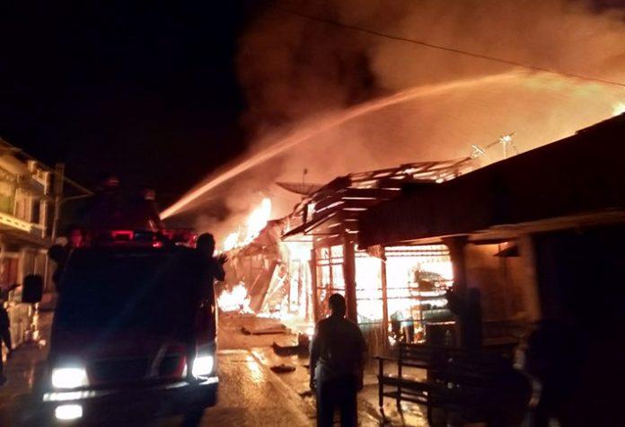 Kebakaran di Pasar Muara Aman